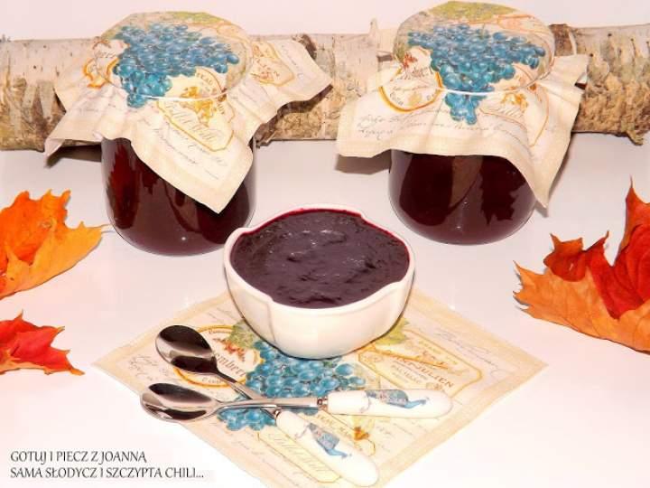 Czeko – dżem winogronowy z nutką wanili i cynamonu.