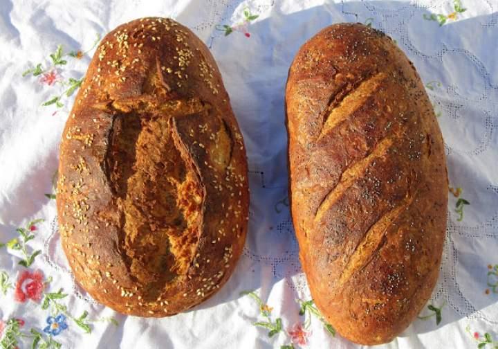 Chrupiący chleb z bio mąki