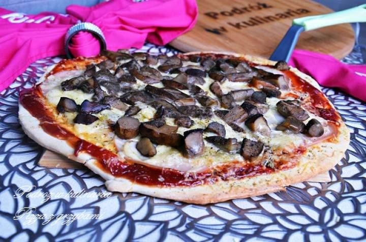 """,,Pizza z leśnymi grzybami"""""""