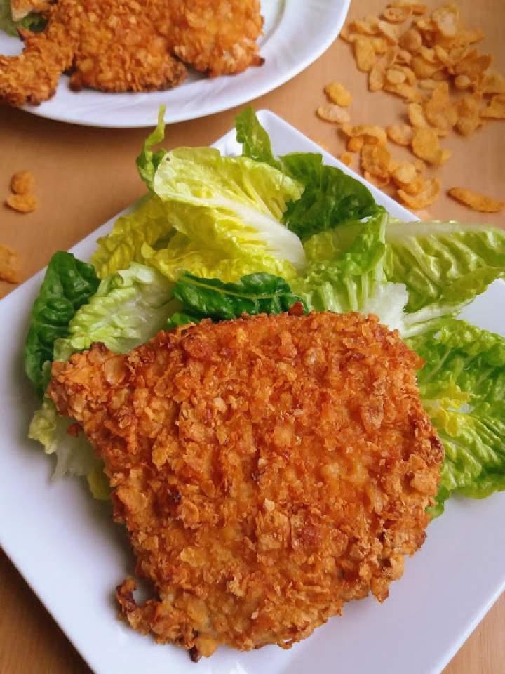 Kotlety pieczone w płatkach kukurydzianych / Turkey Cutlets in Corn Flake Crumbs