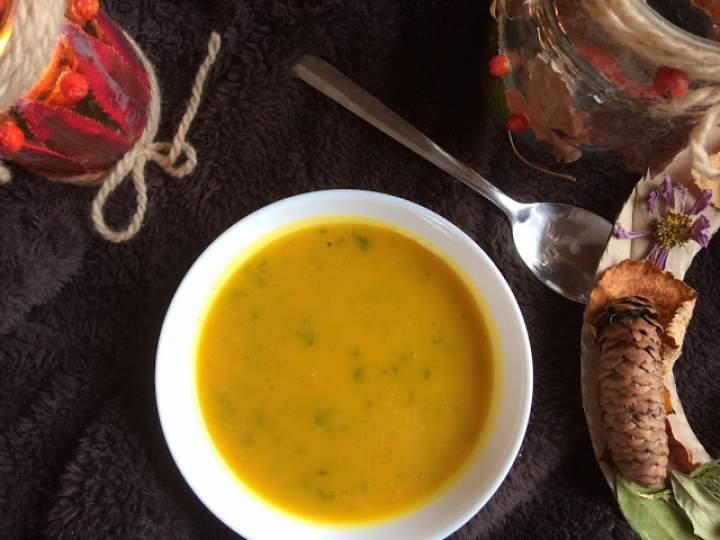 Dyniowa zupa; zupa krem z dyni