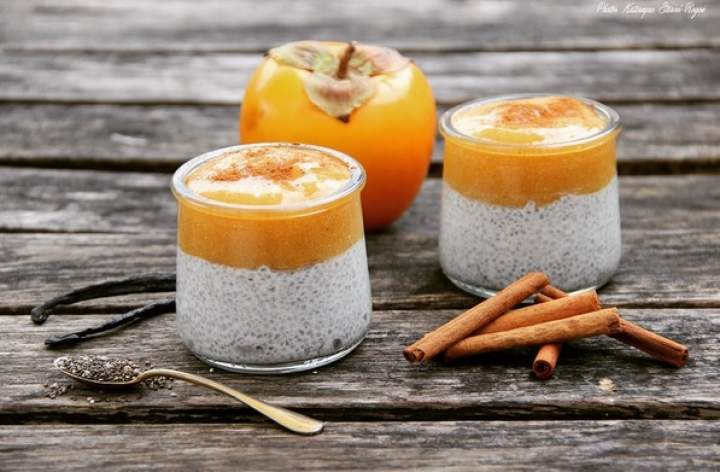 chia + mleko kokosowe + persymona + wanilia + cynamon + imbir