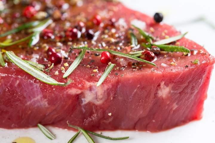 Marynowanie mięsa – przydatne wskazówki