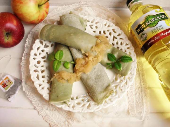Herbaciane Naleśniki Z Jabłkami