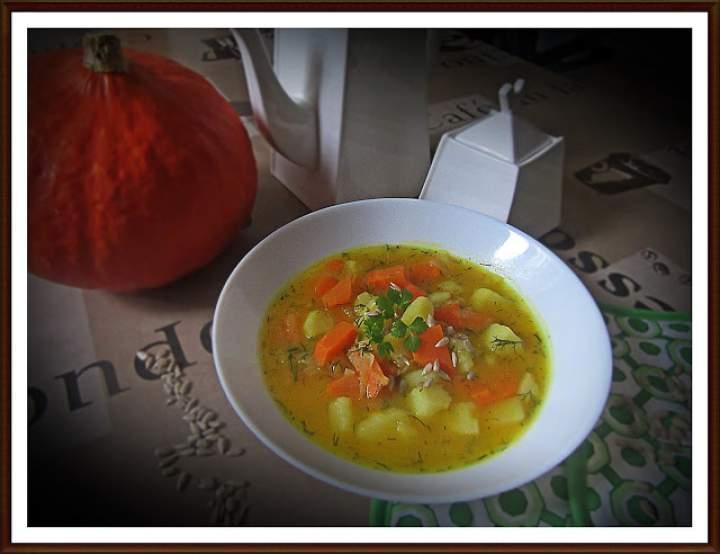 Zupa Warzywna z Kalarepą i Dynią
