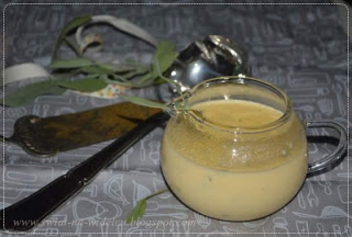 Sos waniliowy z ziołową nutą