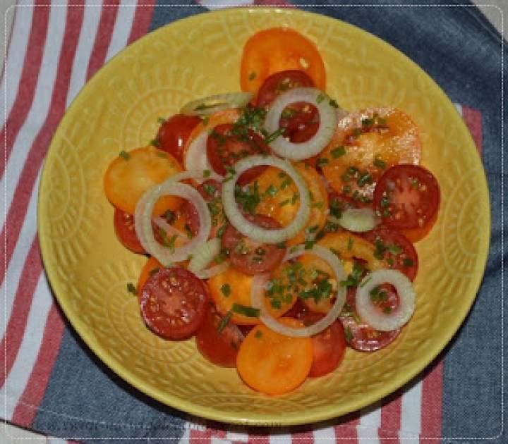 Szybka sałatka z pomidorów