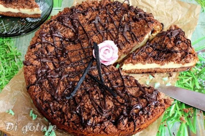 Sernik z serka waniliowego między kruchym ciastem czekoladowym