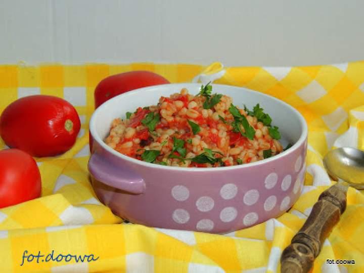 Kasza pęczak zasmażana z pomidorami