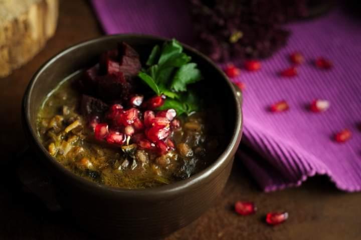 Perska zupa z granatów – Ashe Anar