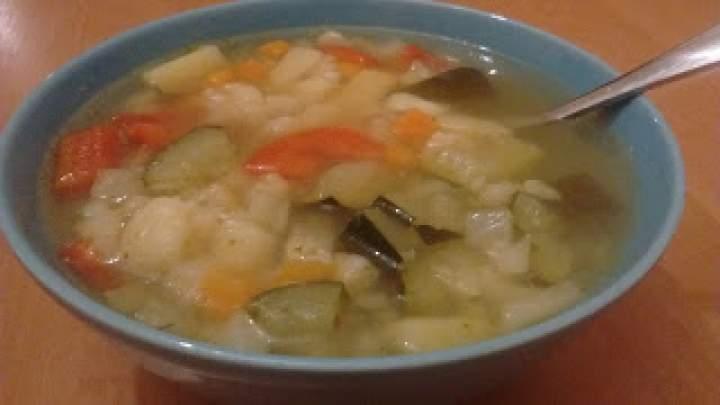 Zupa jarzynowa czyli wszystko co wpadnie w ręce