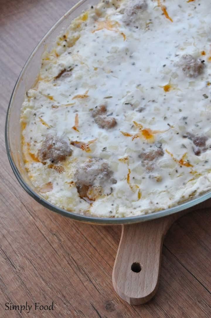 Pulpety zapiekane w sosie śmietanowo-serowym