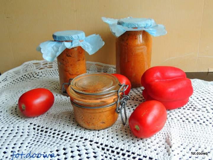 Pesto z papryki, bakłażana i pomidorów
