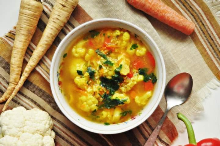 Rozgrzewająca zupa wspomagająca odchudzanie