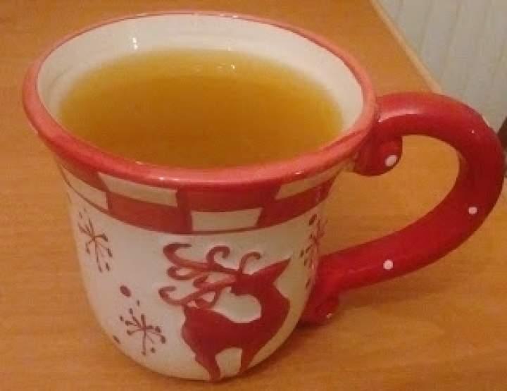 Rozgrzewająca herbatka z propolisem i imbirem
