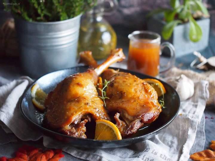 Udka gęsie duszone w karmelu / Goose legs braised with caramel sauce