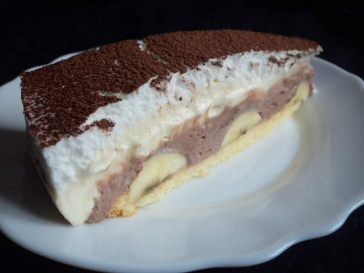 Ciasto z kremem budyniowym i bananem