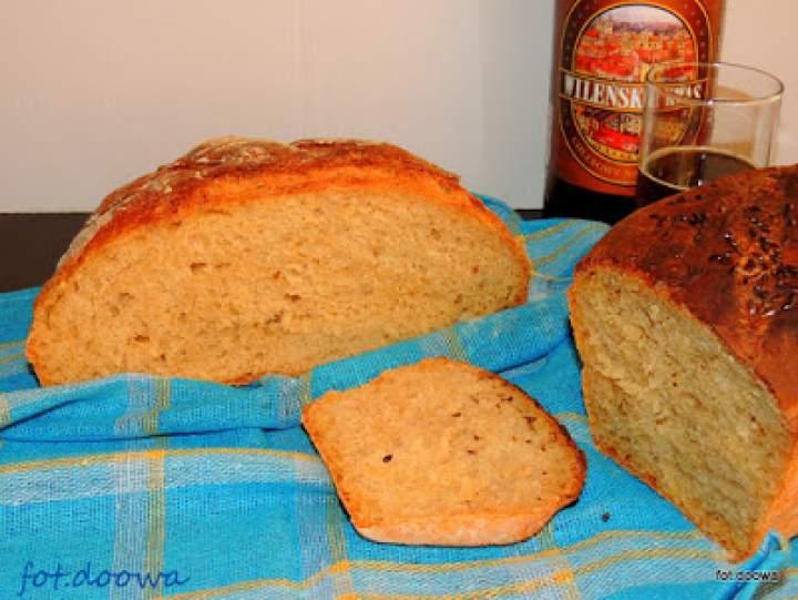 Chleb pszenny na drożdżach i kwasie chlebowym