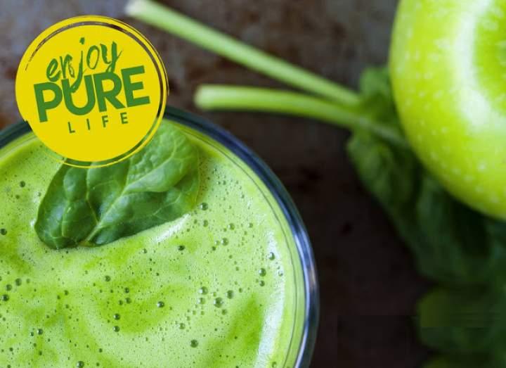 szpinak + chlorella + zielone jabłko + cytryna