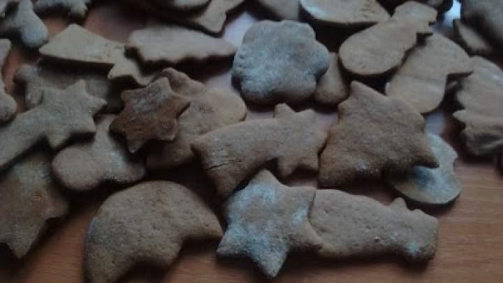 Pierniczki świąteczne aromatyczne i pyszne