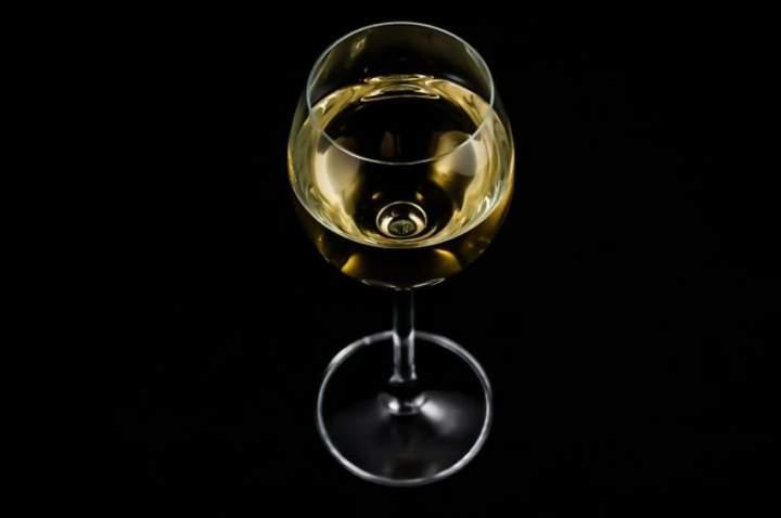 Wino odpowiednio podane