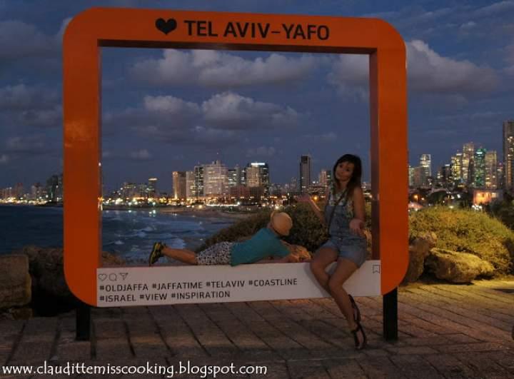 Izraelczycy o swoich najważniejszych miastach mówią: w Tel Awiwie człowiek się bawi, w Jerozolimie śpi, a w Hajfie pracuje.