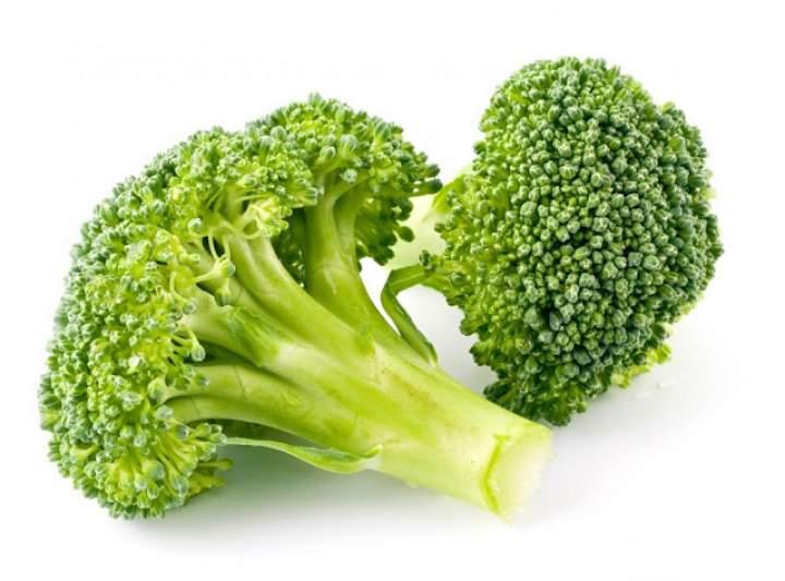 Zamiast modnej i drogiej spiruliny jedz brokuły!