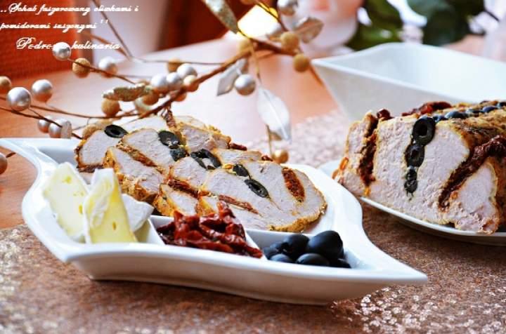 ,,Schab faszerowany oliwkami i pomidorami suszonymi''