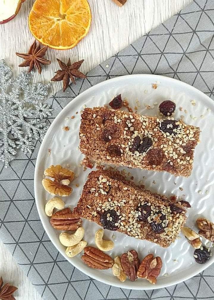 Śniadaniowe batoniki z kaszy Quinoa (komosy ryżowej)