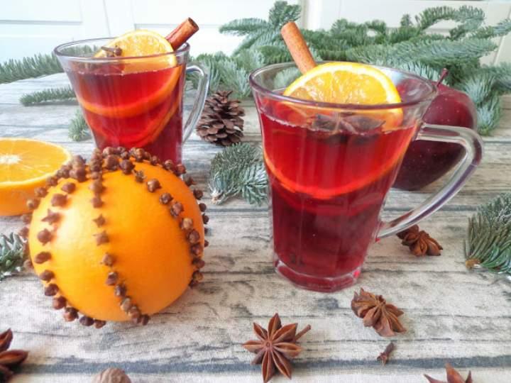 Świąteczne grzane wino (Vin brulé)