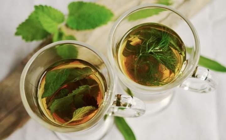 Jak przygotować herbatę z mięty?