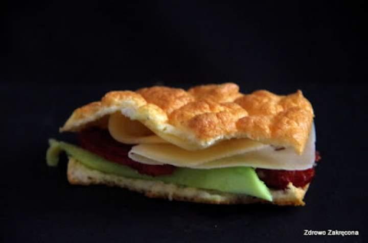 Dietetyczne, 3-składnikowe bułki jajeczne bez mąki, tłuszczu i drożdży. Bezzbożowa alternatywa dla pieczywa