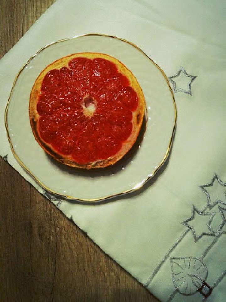 Miodowy grapefruit