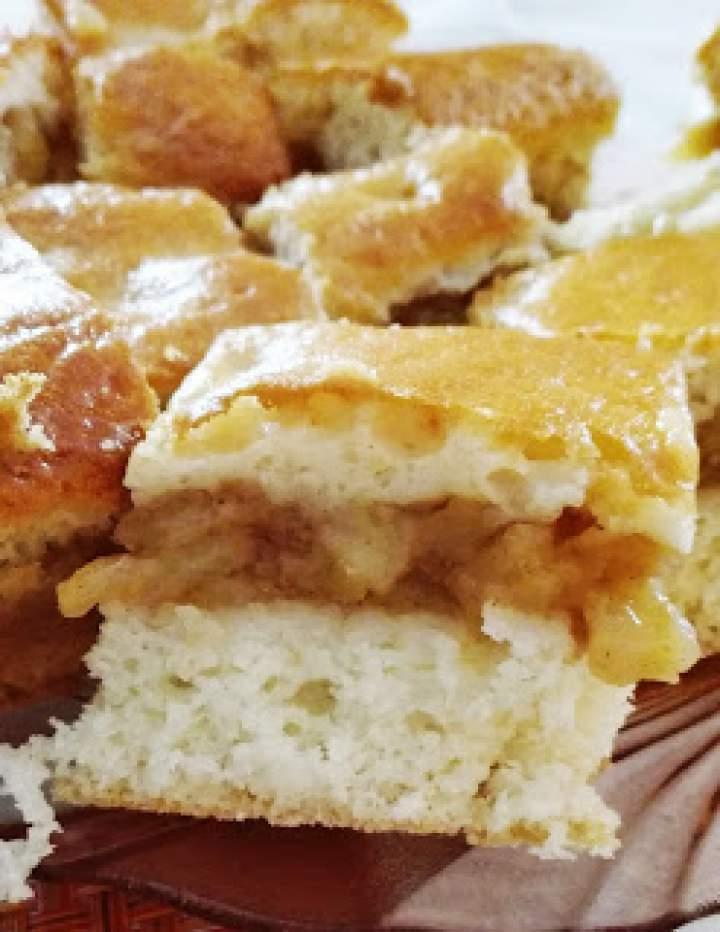 Przepis na jabłecznik na biszkopcie