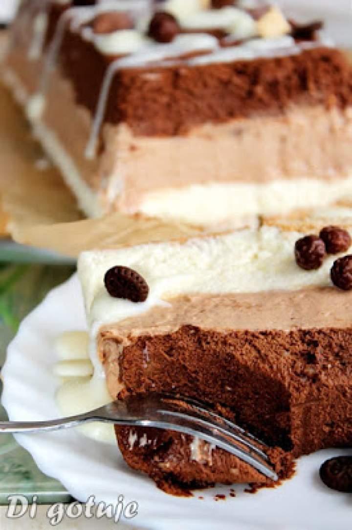 Trójczekoladowe ciasto z serka mascarpone (Trójczekoladowy sernik na zimno)