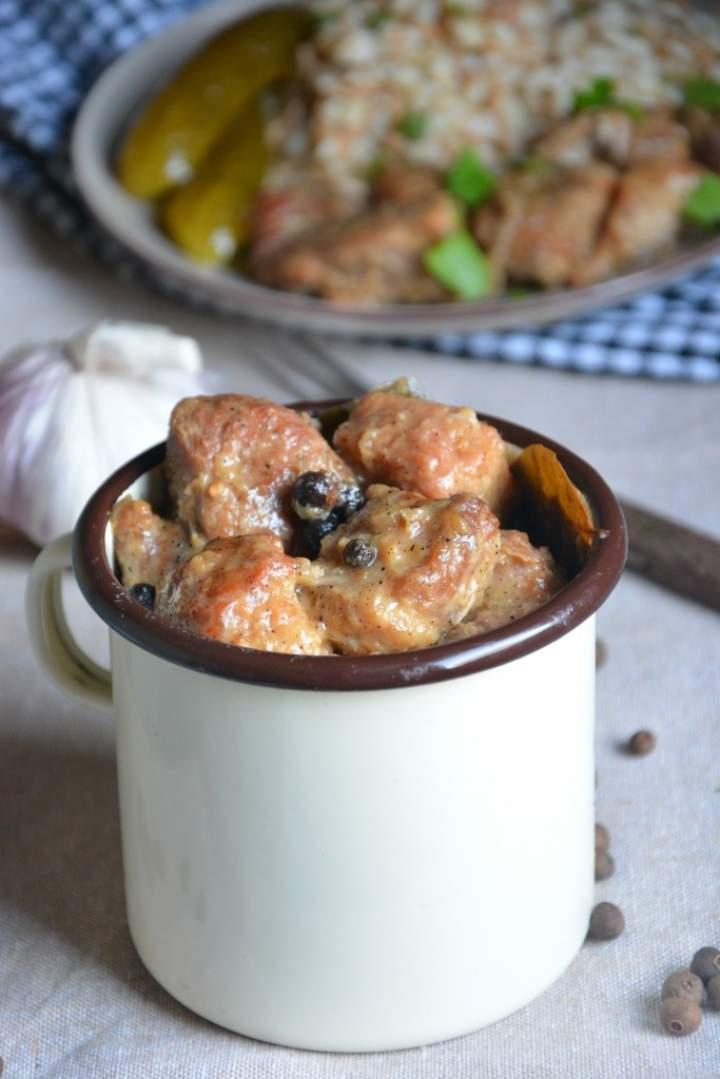 Gulasz wieprzowy ( z trzech rodzajów wieprzowiny)