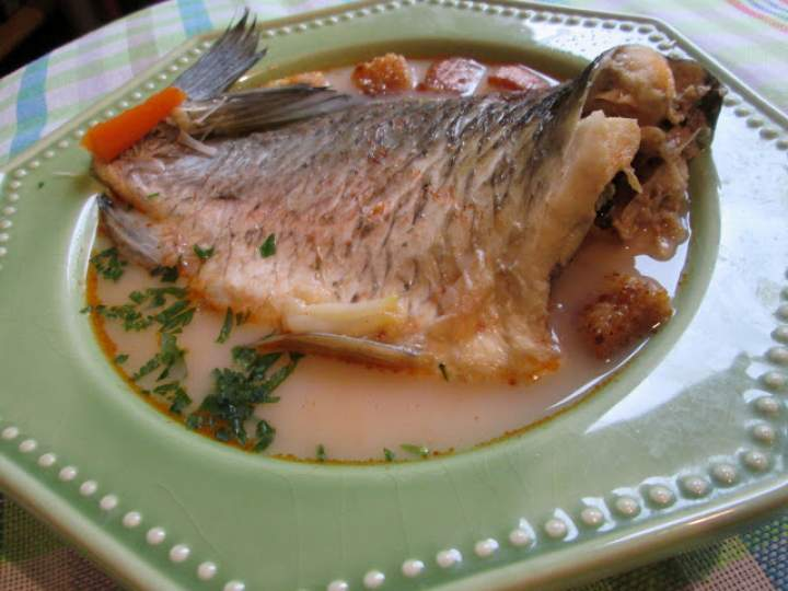 Węgierska zupa rybna