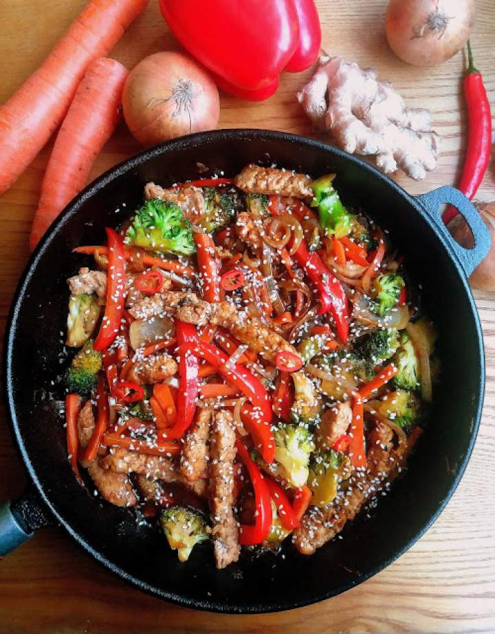 Stir Fry z wieprzowiną / Pork Stir Fry