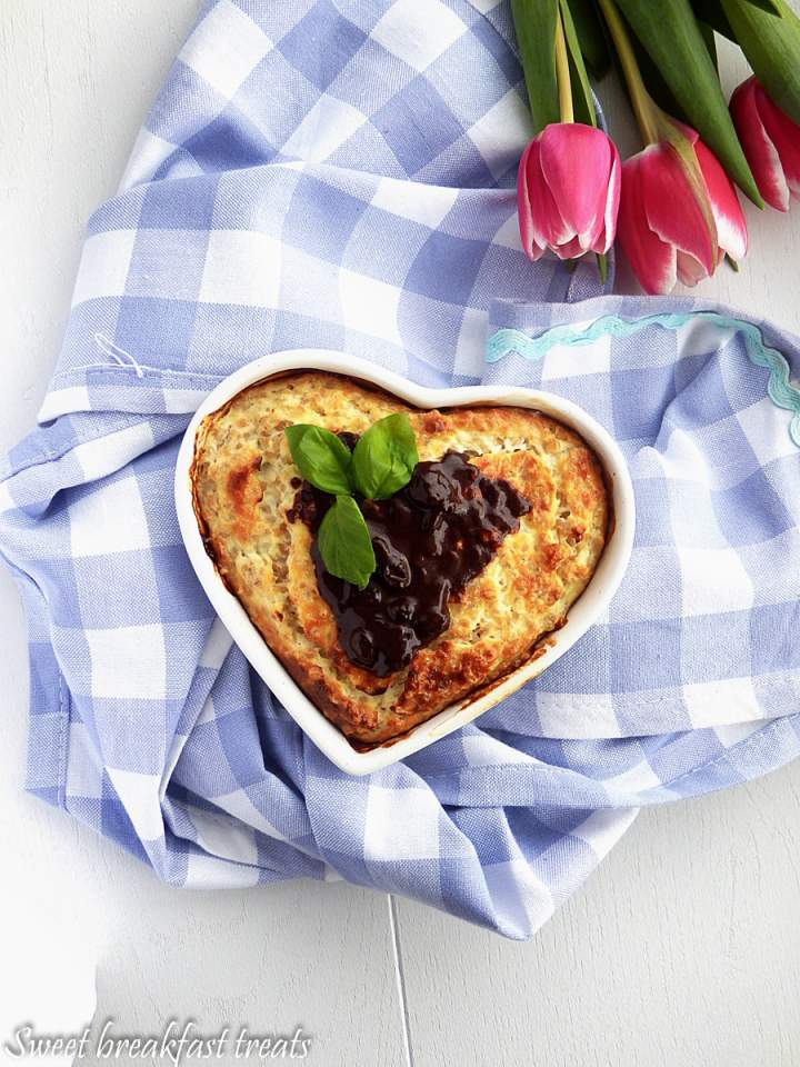 Sernikowe ciasto jaglane.