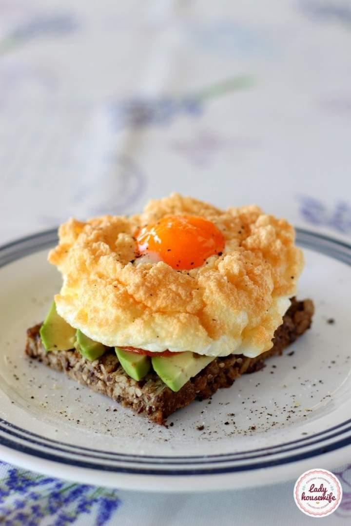 Jajko na chmurce czyli śniadaniowy hit