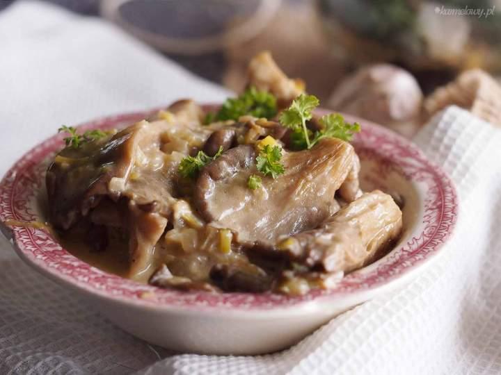 Boczniaki w śmietanie / Creamed oyster mushrooms
