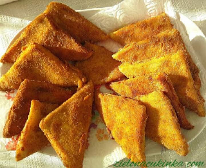 Krokiety z szynką, mozzarellą i chleba tostowego