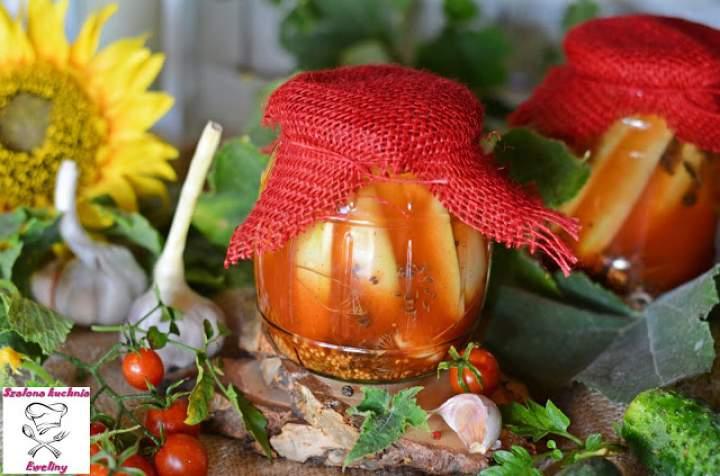 Ogórki w ostrym ketchupie
