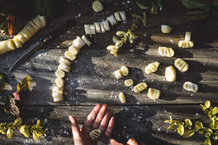 Gnocchi z sosem kurkowym – wegańskie, bezglutenowe i przepyszne