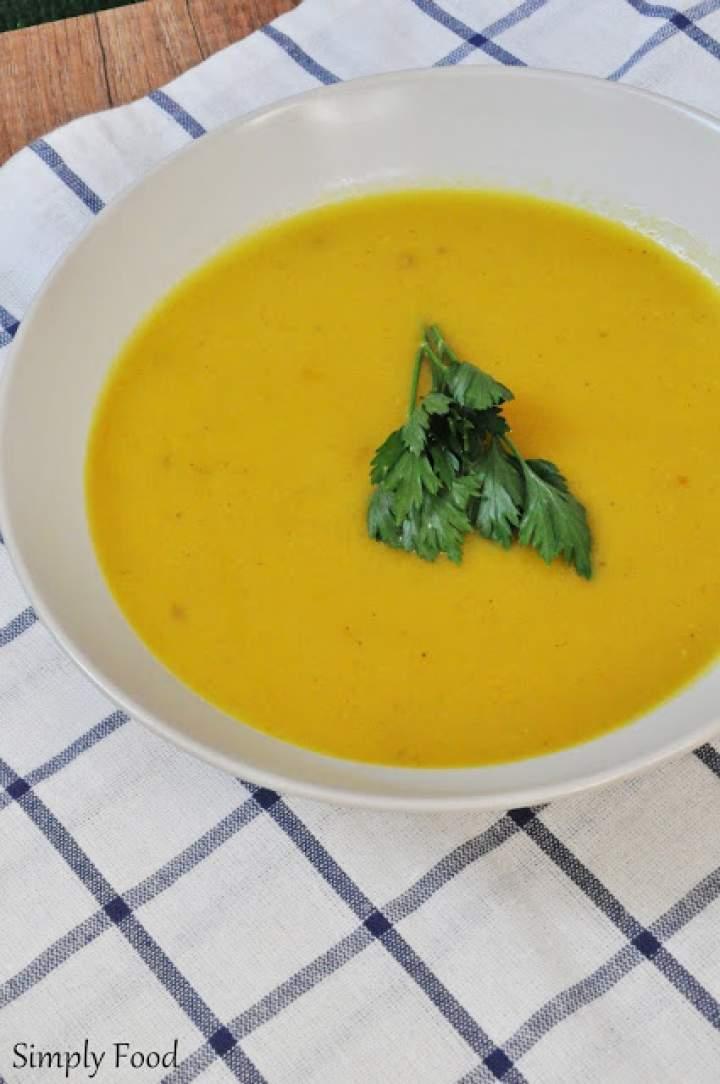 Dyniowa zupa krem z curry
