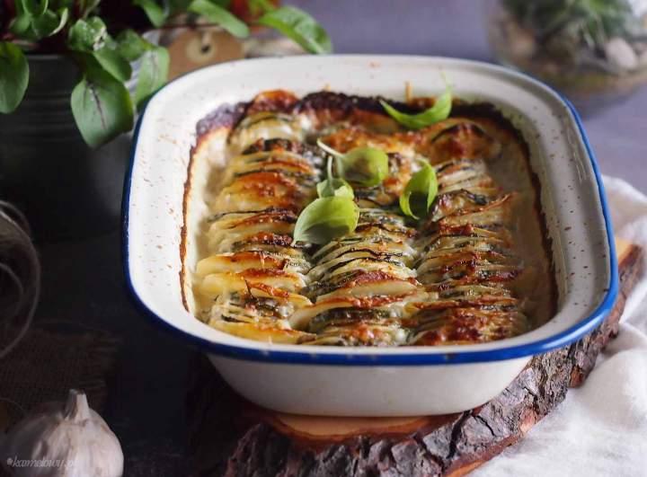 Ziemniaki zapiekane z cukinią i serem / Cheesy zucchini potato bake