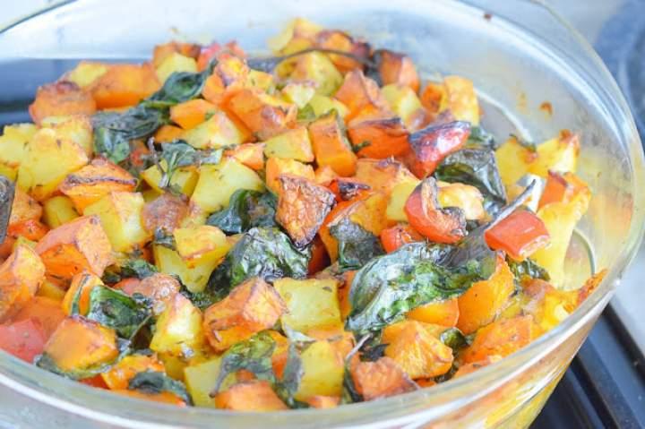 Zapiekane warzywa z mozzarellą i mielonym mięsem z indyka :)
