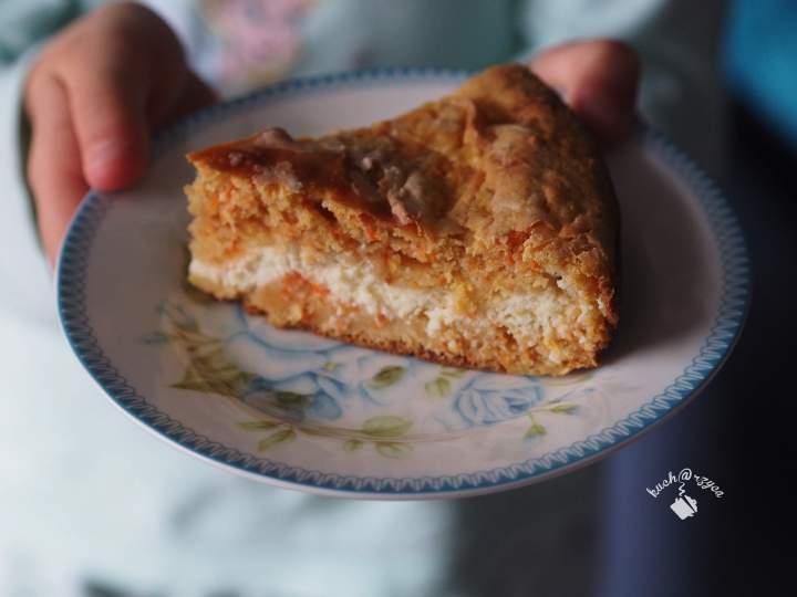 Marchewkowe ciasto z ricottą