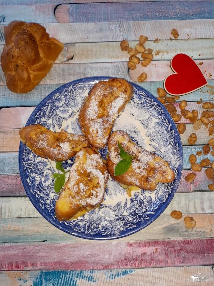 Deserowa chałka z orzeszkami w karmelu