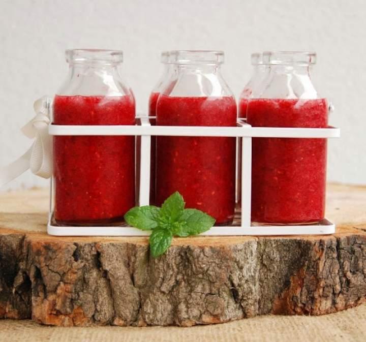 truskawki + maliny + burak + sok jabłkowy + syrop z agawy